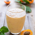 Apple-Apricot Smoothie