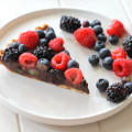 Chocolate Berry Tart (GF, Vegan, Paleo)