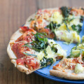 Quick Veggie Pita Pizzas