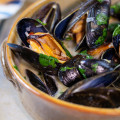 Steamed Mussels/Oysters/Clams