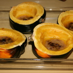 Acorn Squash With Raisin Spice Sauce
