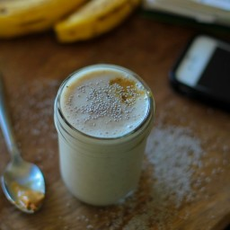 Almond Butter Chia Smoothie