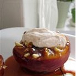 Almond-Topped Spiced Peaches Recipe