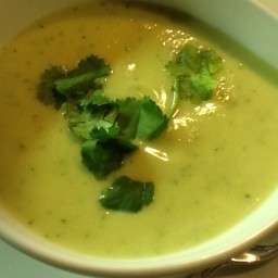 Alvocado Cauliflower Cream Soup