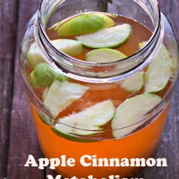 Apple Cinnamon Metabolism Water Recipe