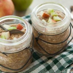 Apple Oatmeal in a Jar