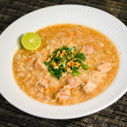 Arroz Caldo (Filipino Chicken and Rice Soup)