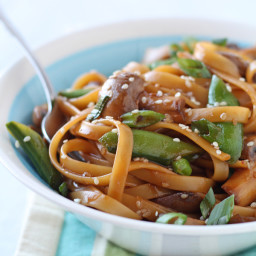 Asian Noodles with Snow Peas and Mushrooms