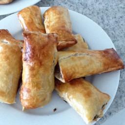 Aussie Sausage Rolls