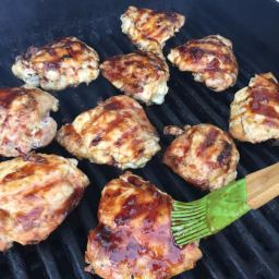 BBQ APRICOT CHICKEN THIGHS