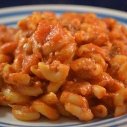 Beef & Macaroni Cheesy Casserole