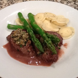 Beef Tenderloin with Blue Cheese and Herb Crust