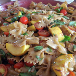 Bowtie Pasta with Yellow Squash and Tomatoes Recipe