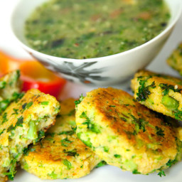 BROCCOLI, COUSCOUS AND GARBANZO BEAN CAKES