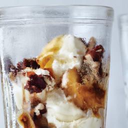 Brown Sugar Banana Parfaits with Maple-Glazed Pecans