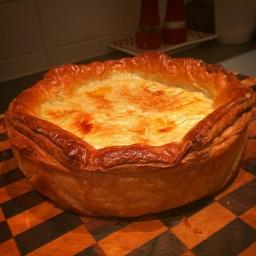 Browns Creamy Chicken & Vegetable Pie