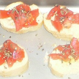 Bruschetta (Garlic Bread with Tomatoes and Basil)