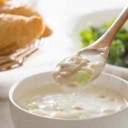 Carey's Rich & Creamy New England Clam Chowder