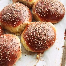 Cemitas (Mexican Sesame Seed Sandwich Buns)