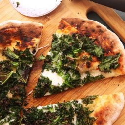Charred Kale Pizza With Garlic