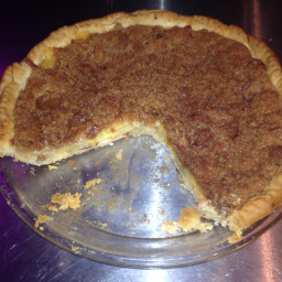 Cheddar Crumble Apple Pie
