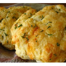 Cheddar Garlic Drop Biscuit ... in a Jiffy™