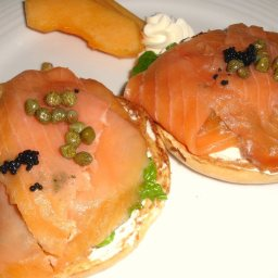 Cheese and Salmon Bagel Ww