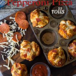 Cheesy Pepperoni Pizza Rolls
