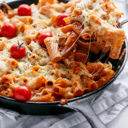 Cheesy Chicken and Roasted Tomato Mozzarella Pasta Bake