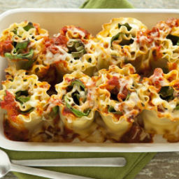 Cheesy Lasagna Rolls with Spinach and Ricotta
