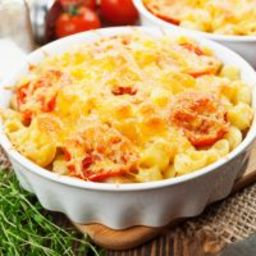 Cheesy Shell Pasta and Tomato Casserole Dinner
