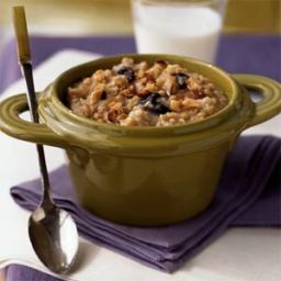 Cherry-Hazelnut Oatmeal