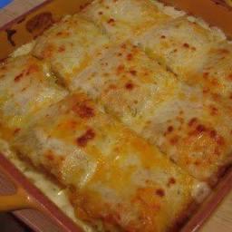 Chicken Alfredo Lasagna Rolls