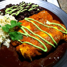 Chicken Enchiladas Suiza (Enchiladas with Sour Cream Cheese Sauce)