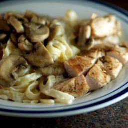Chicken With Fettuccine In Garlic Wine Cream Sauce (Dad's Recipe)