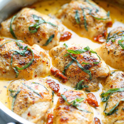 Chicken with sun dried tomato cream sauce