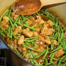 Chipotle Pork Stew with Green Beans (Morelos Cooking Sauce)