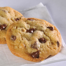 Chocolate Chip Cookies (Easy)