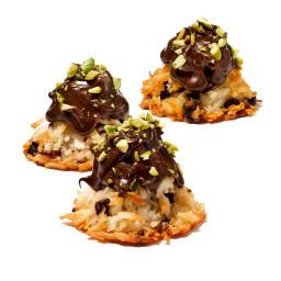 Chocolate-Pistachio Macaroons