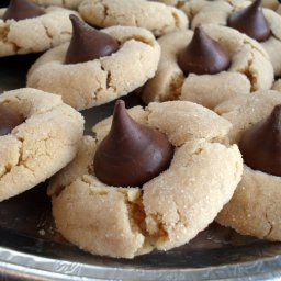 Christmas Peanut Blossoms