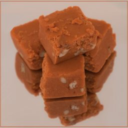 Cinnamon Apple Fudge