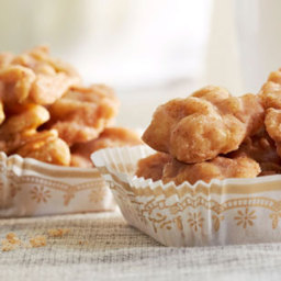 Cinnamon-Glazed Walnuts