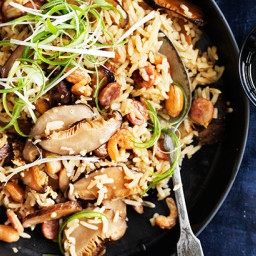 Claypot rice with Chinese sausage, peanuts and shiitake