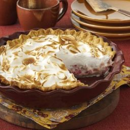 Contest-Winning Rhubarb Meringue Pie Recipe