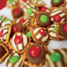 Cookie Day - Laura's Window Pane Pretzel Treats