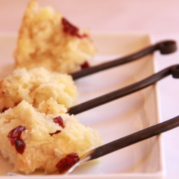 Cranberry, Brie and Biscuit Appetizer