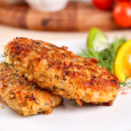 Crazy Cats Fish Cakes and Tartar Saucey Sauce