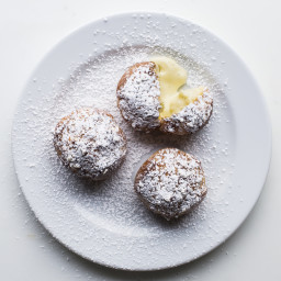 Cream Puffs with Vanilla Pastry Cream
