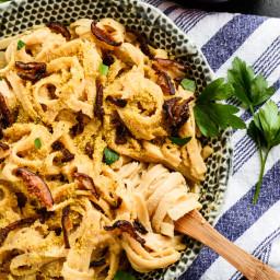Creamy Carbonara Pasta with Shiitake Bacon | vegan, gf