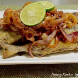 Crispy Chili Onion Fish